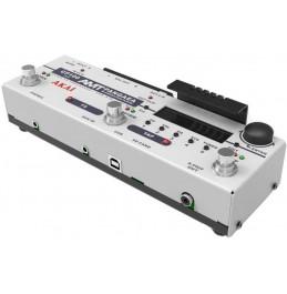 Кабинет симулятор и процессор эффектов Akai CP-100FX-S